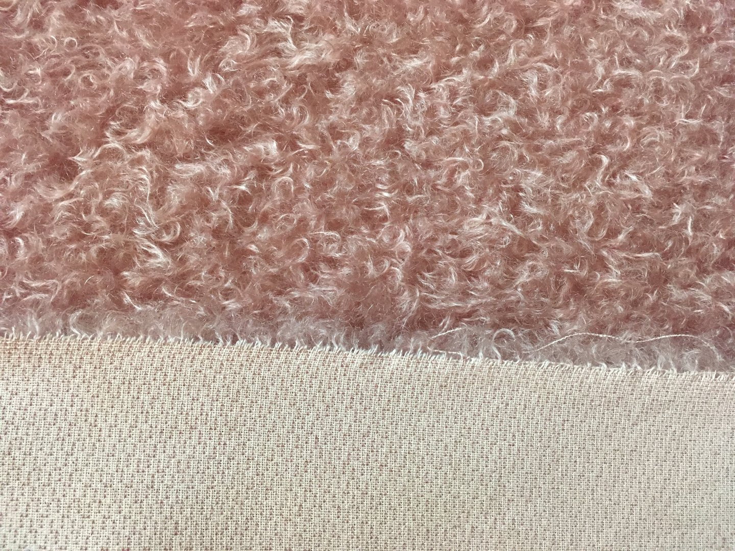 Antik-Art-Mohair ratinee altrosa ±23 mm